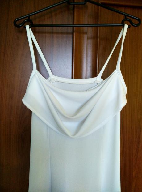 Jednoduché vzdušné svatební šaty nebo popůlnočky, 36