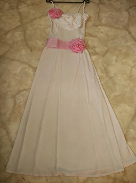 Šaty s mašlí, 36