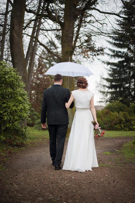 Svatební šaty z hedvábí, 37