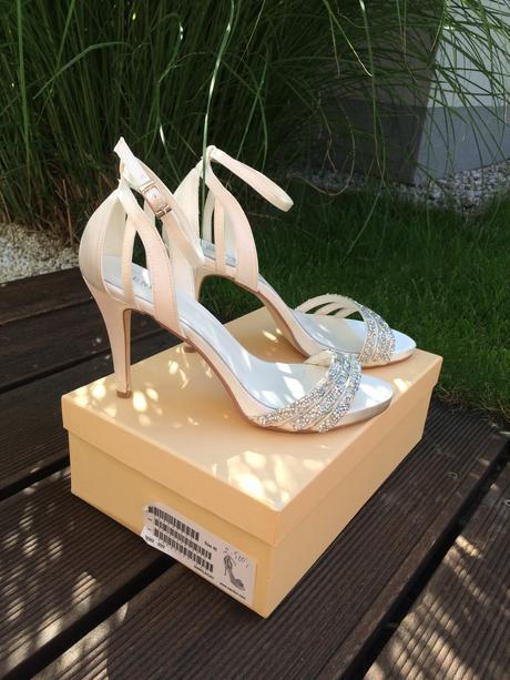 MENBUR svatební boty v barve ivory z Adiny, 40