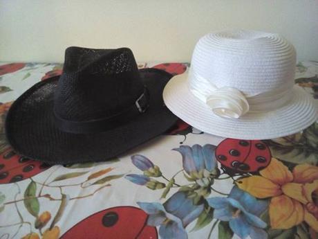klobouky,