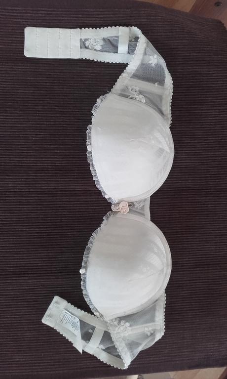 Krémová samodržící podprsenka, 70B