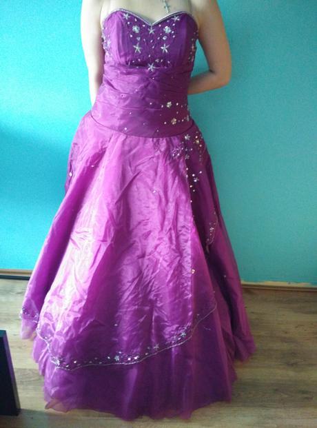 šaty v.40, 40