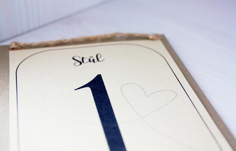 číslo na stůl,