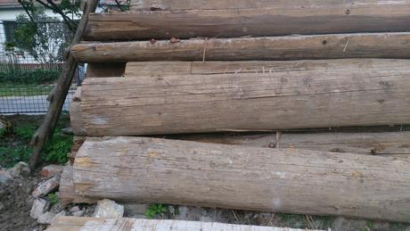 Drevené gulatiny,
