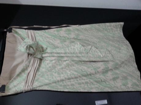 Šaty s lesklou zelenou potlačou čipky-nenosené, 38