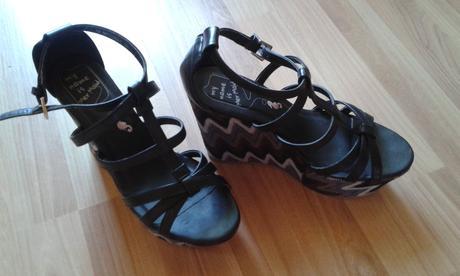 sandalky, 37