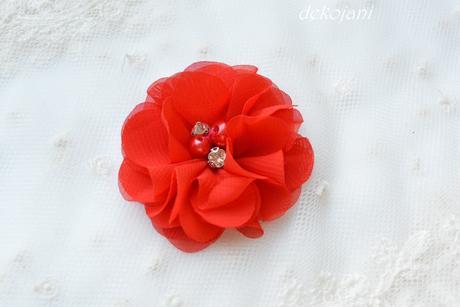 Červené svatební mašličky,