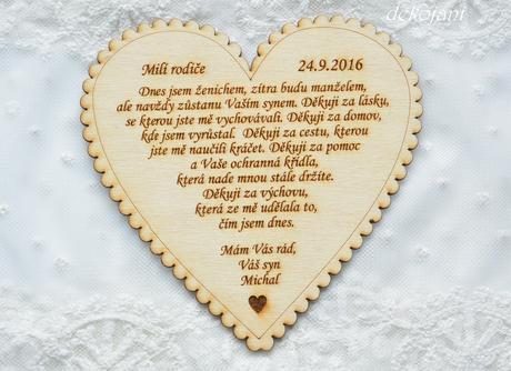 Jutový pás na svatební tabuli,