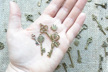 Kovové klíče,