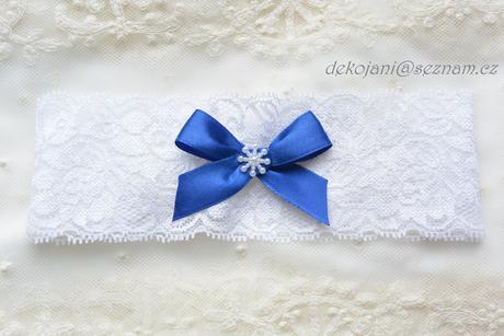 Krajkový svatební podvazek na míru, M