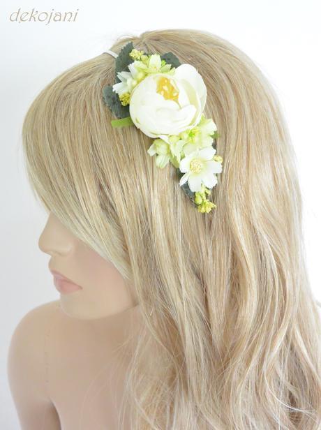 Květina nejen do vlasů,
