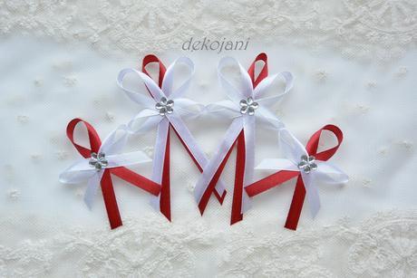 Podvazek pro nevěstu, M
