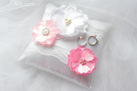 Růžová čelenka,