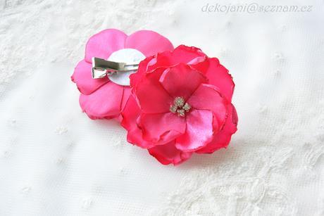 Růžové mašličky na myrtu,