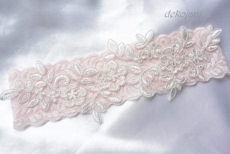 Růžové vývazky,