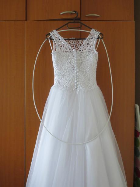 svadobné šaty pre nízku nevestu + závoj a podväzok, 34