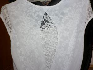 Biele šaty kombinované s krajkou, 36