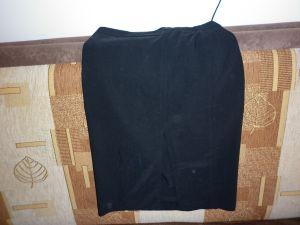 Elegantná čierna suknička, 36