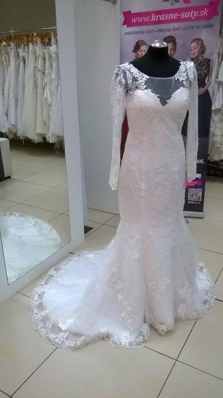 Čipkované svadobné šaty s vlečkou, 40