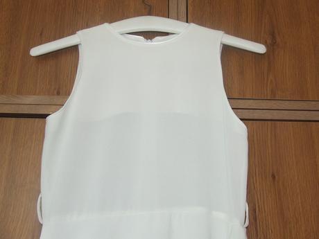 Šaty, 140