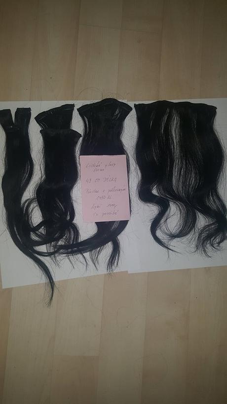 Vlasy přírodní černé,