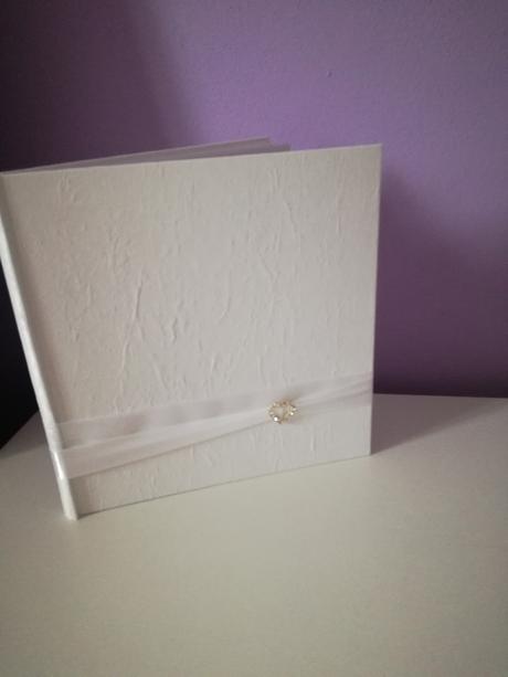 Svatební knížka na přání,