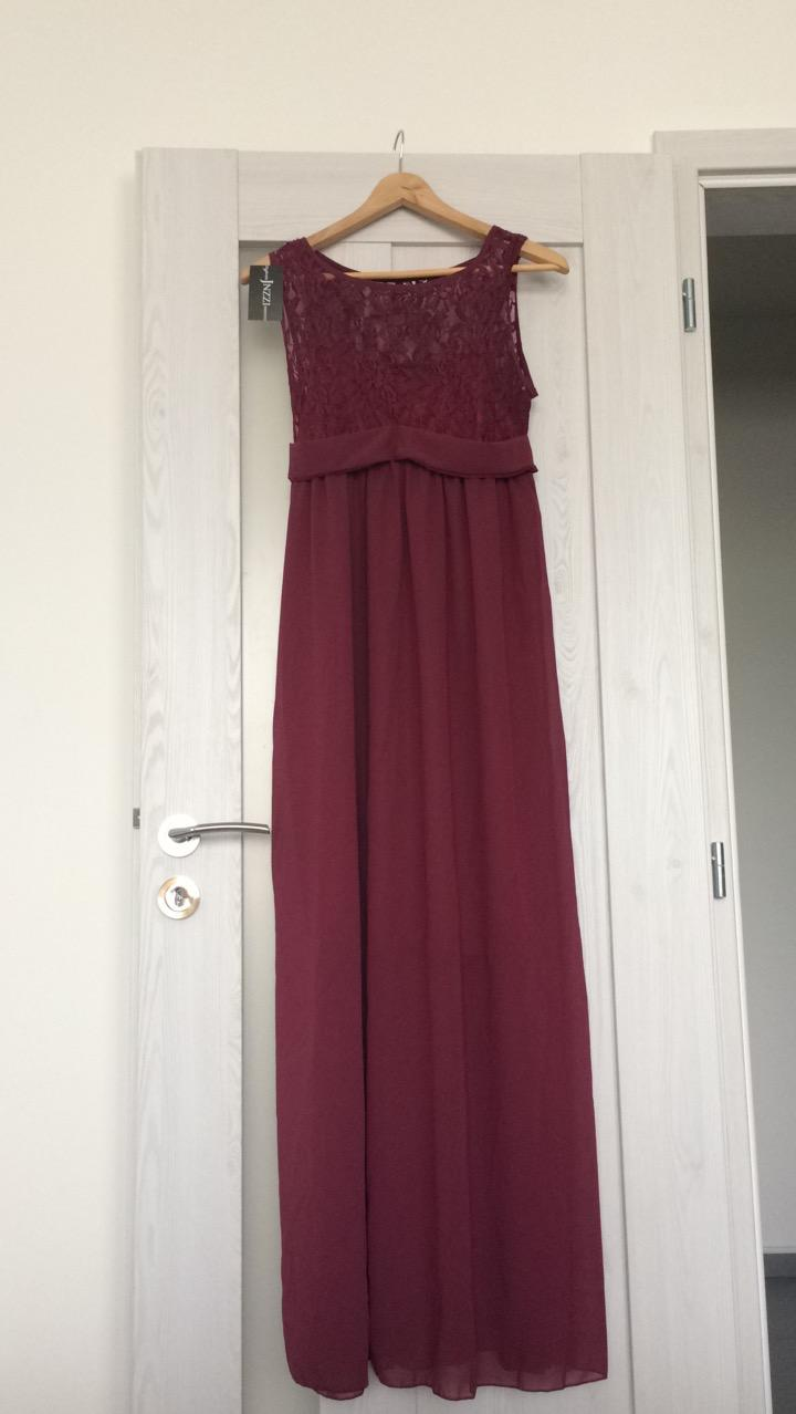 9ebbc0d9b4de Vínové spoločenské šaty