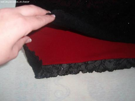 Čipkované čierno-bordové šaty, 37