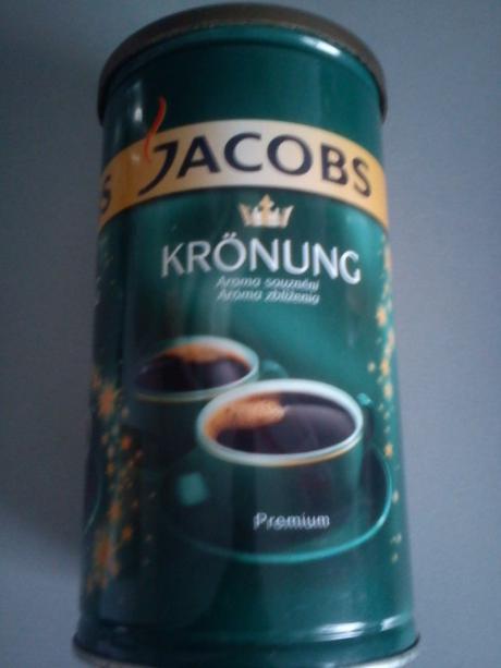 plechovka z kávy,