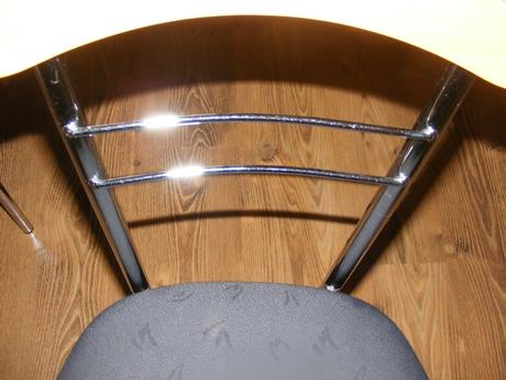 4x stoličky , kovové,