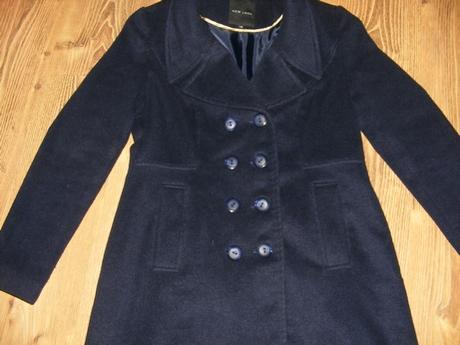 Flaušový tmavo-modrý kabát ,nad kolená, 42
