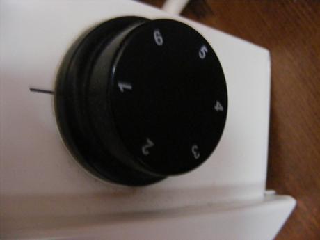 priamovýhrevný el. konvektor,2ks,málo používané,