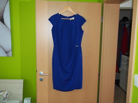Púzdrové šaty, 38