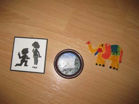 Miniobrazky a minikeramicky slonik na stenu,