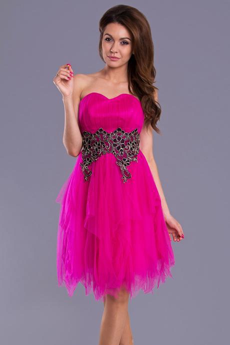 Spoločenské šaty, 32