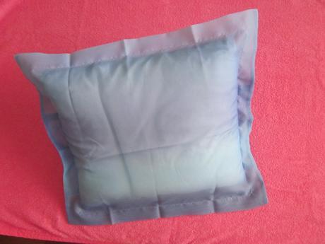 2 x dúhovo-modrá obliečka na vankúš - nepoužité,