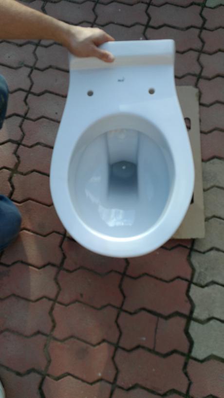 Závesné wc,