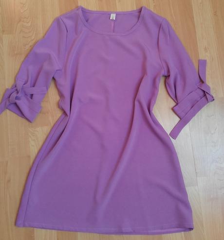 Volné šaty s tříčtvrtečními rukávy , S