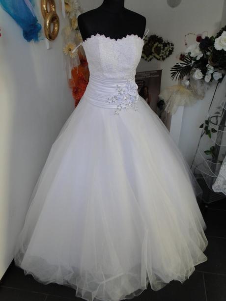 Lacné svadobné šaty, 38