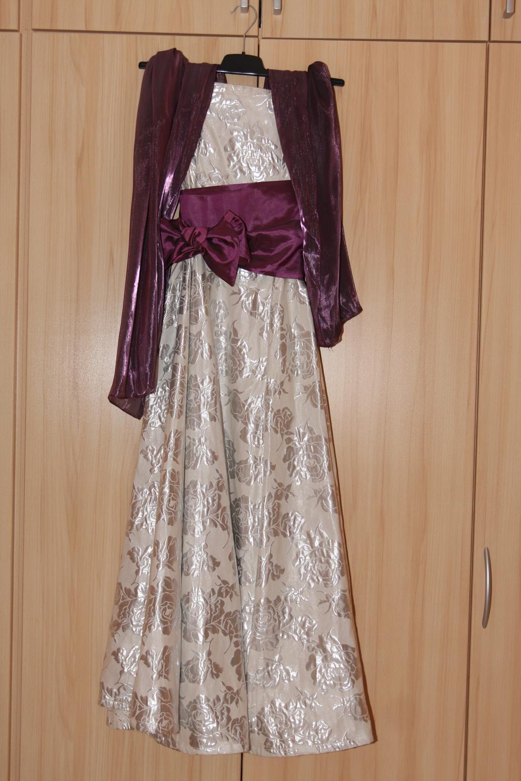 b8b6a228d Popolnočné šaty vhodné aj na ples aj s bižutériou, 40 - 90 ...