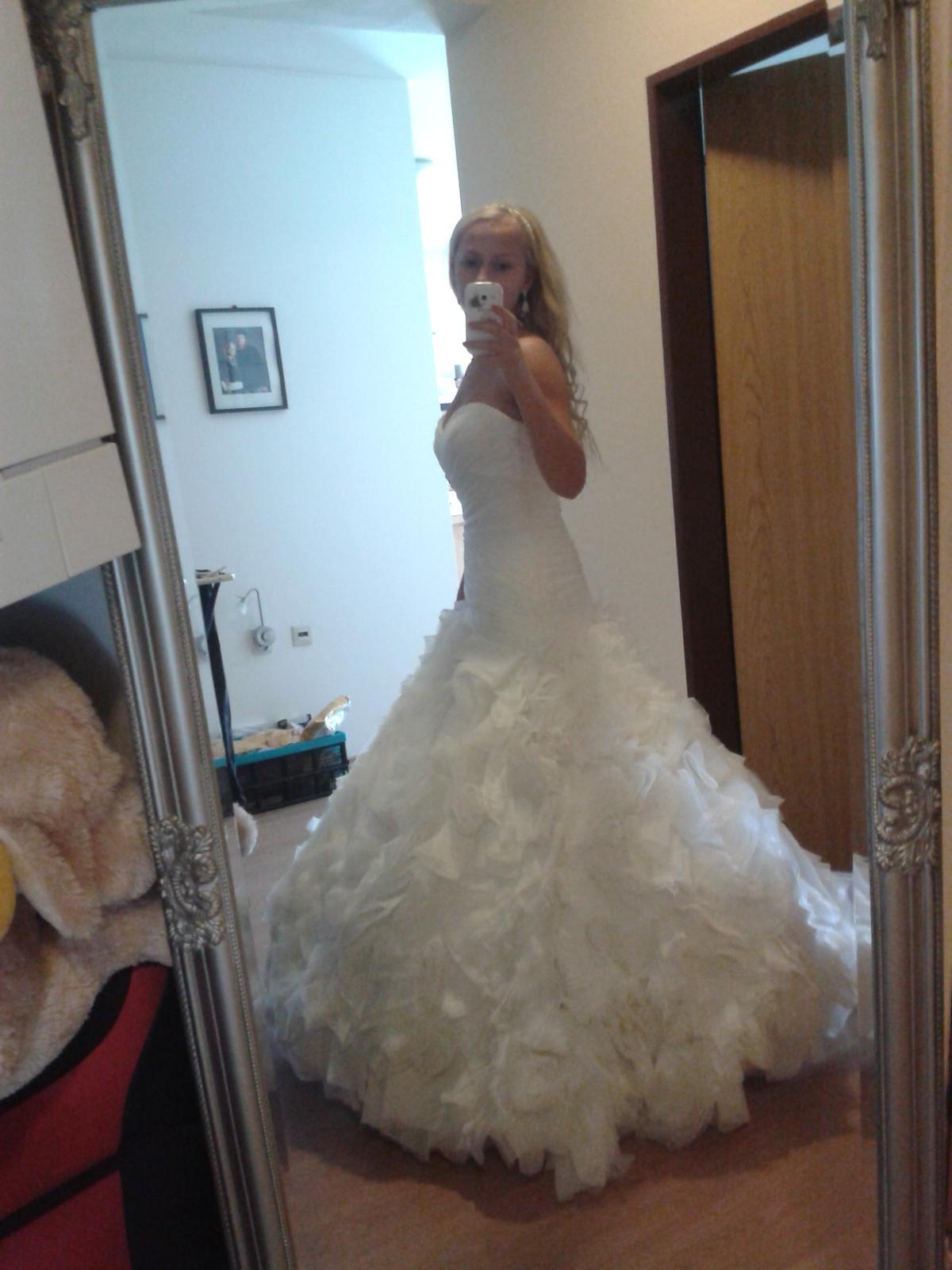 a38624d4dd Nádherné svadobné šaty zn. allure bridals
