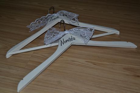 Ramínka na svatební šaty,