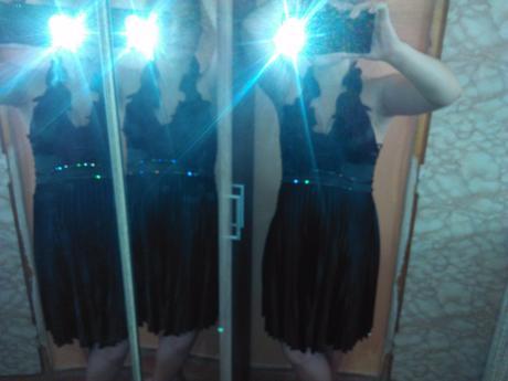 šaty, L