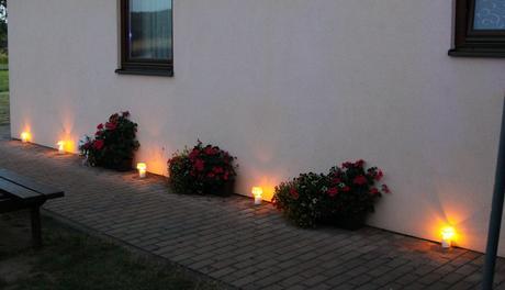 Velké svícny na svíčky - lze různé barvy,
