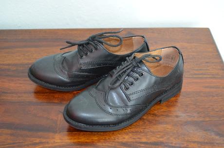 Chlapecká společenská obuv, 32