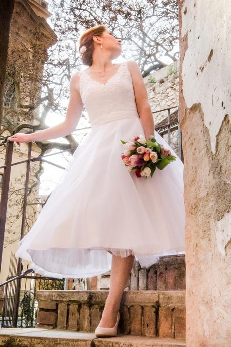 Krátké svatební šaty 38-40, 38