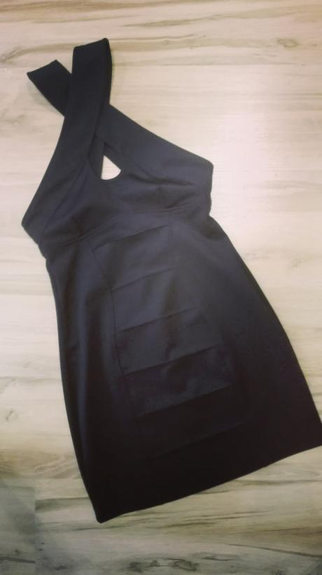 Bandažové šaty , M