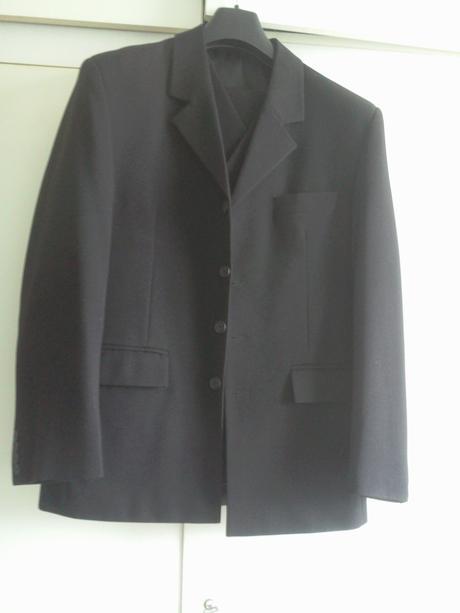 oblek (sako, vesta, nohavice), 50