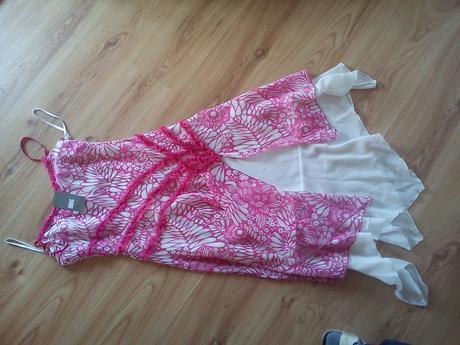 Super ľahučké, značkové šaty South, 36